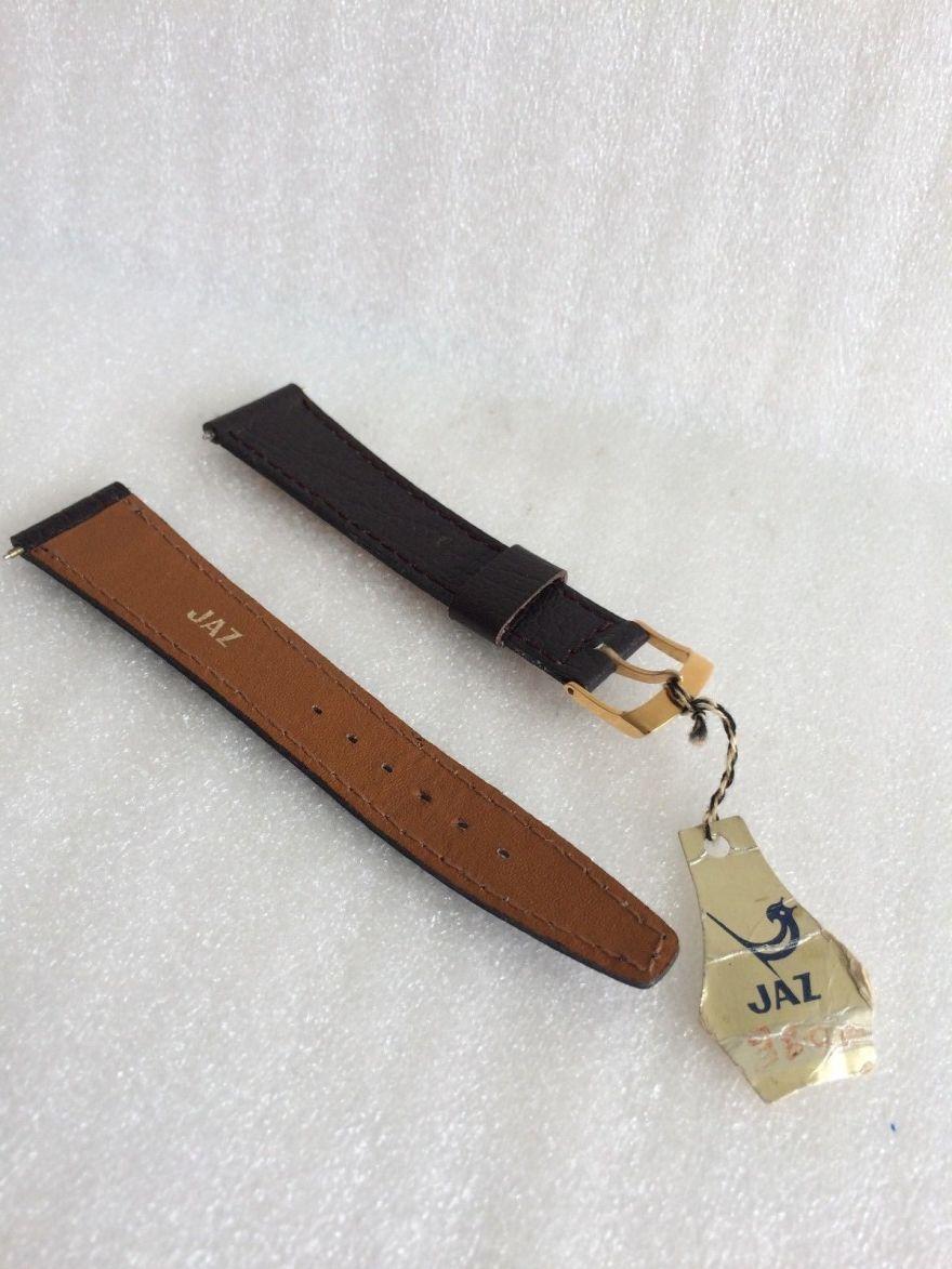 etiquette bracelet