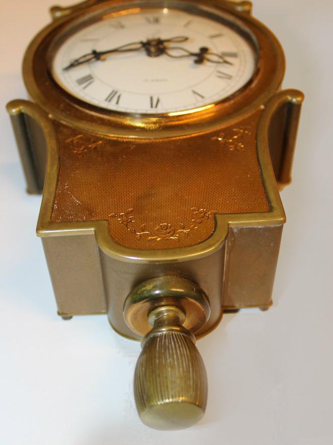 castic guilloche detail