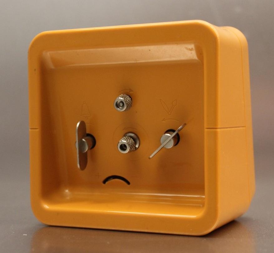 naufic orange (4)