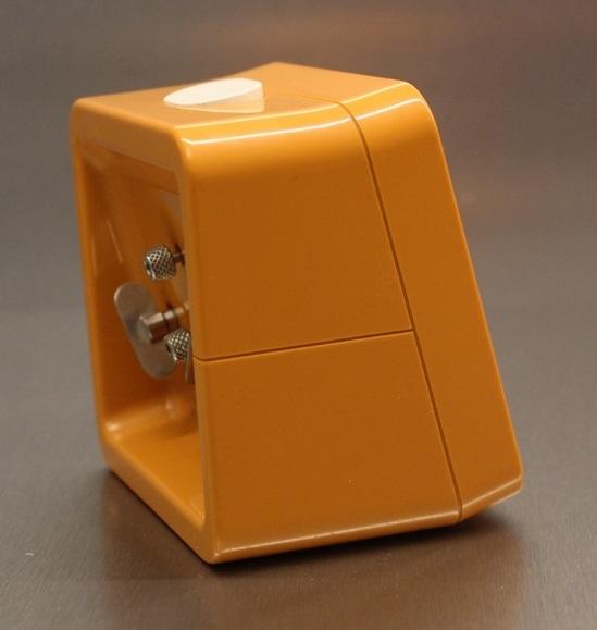 naufic orange (5)