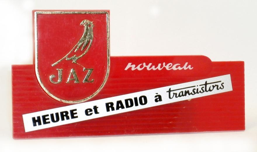 etiquette heure et radio transistor