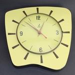 1962 mouvic jaune