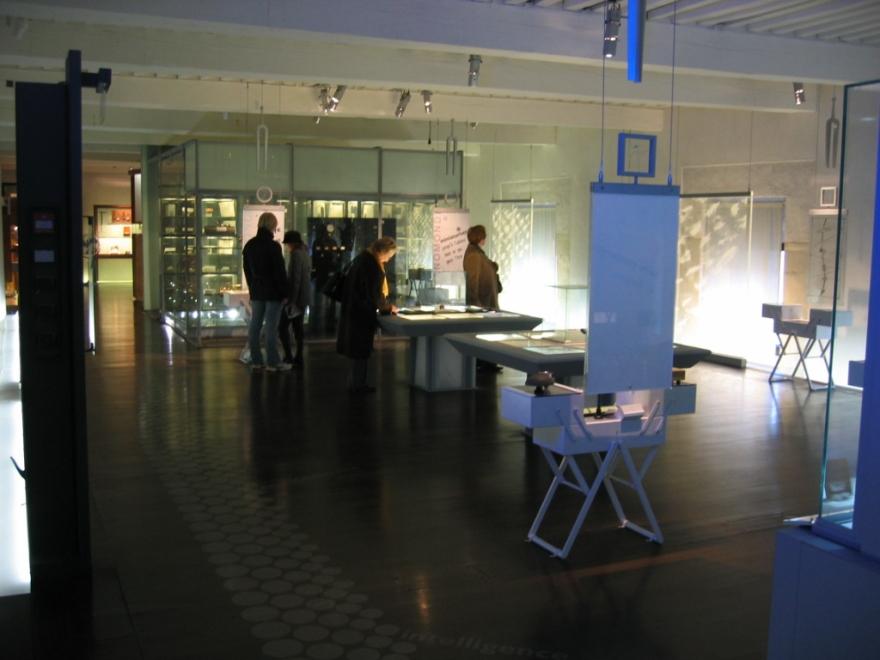 Musée_du_temps_Besançon vitrines du 2°étage
