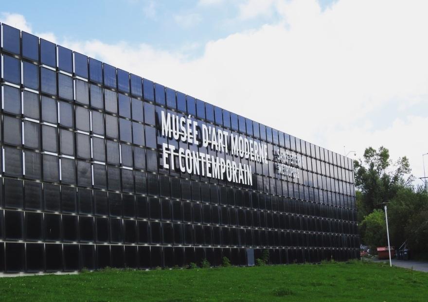 Musée d'art moderne Saint Etienne façade.JPG