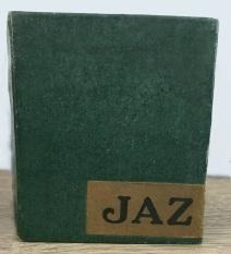 1943 lucic boîte