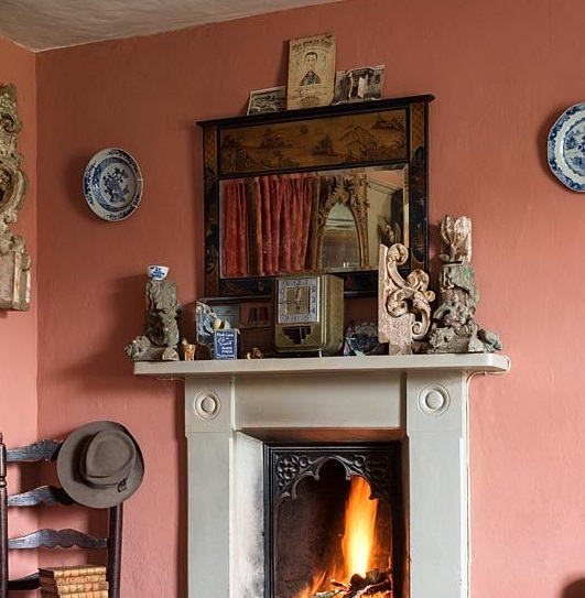 Fireplace with vintage fender
