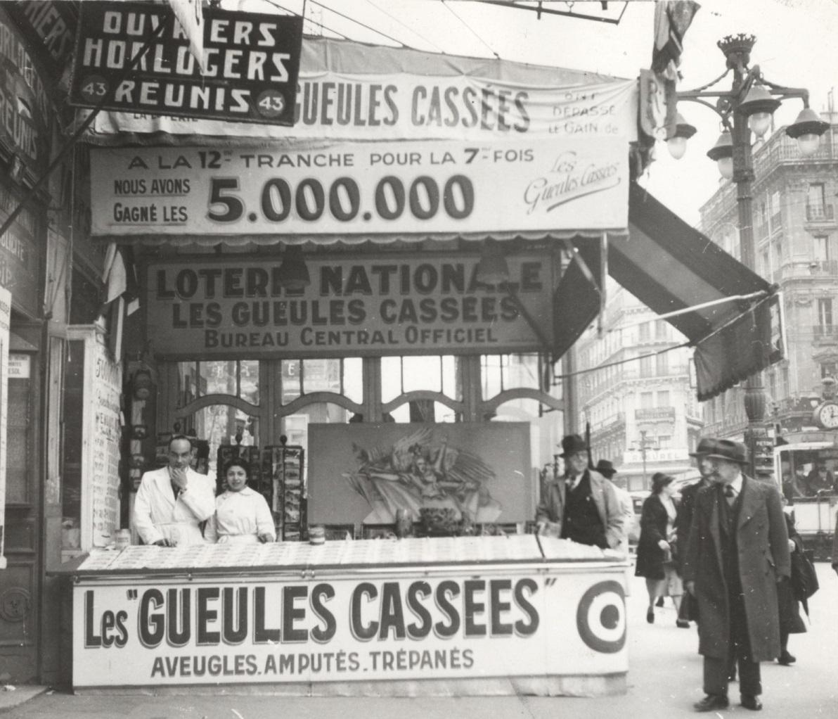 kiosque-loterie-sur-la-canebiere