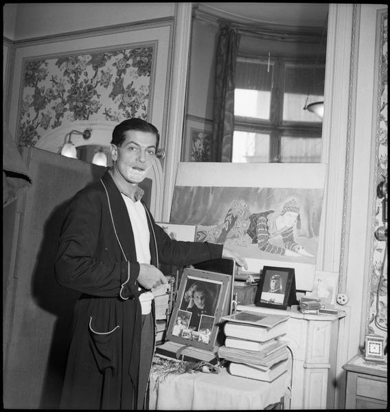 Serge Lifar chez lui (3)