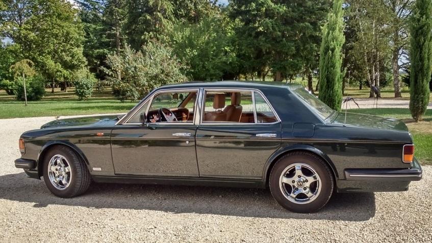Bentley verte de Denis Raquin