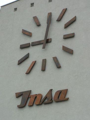 insa horloge