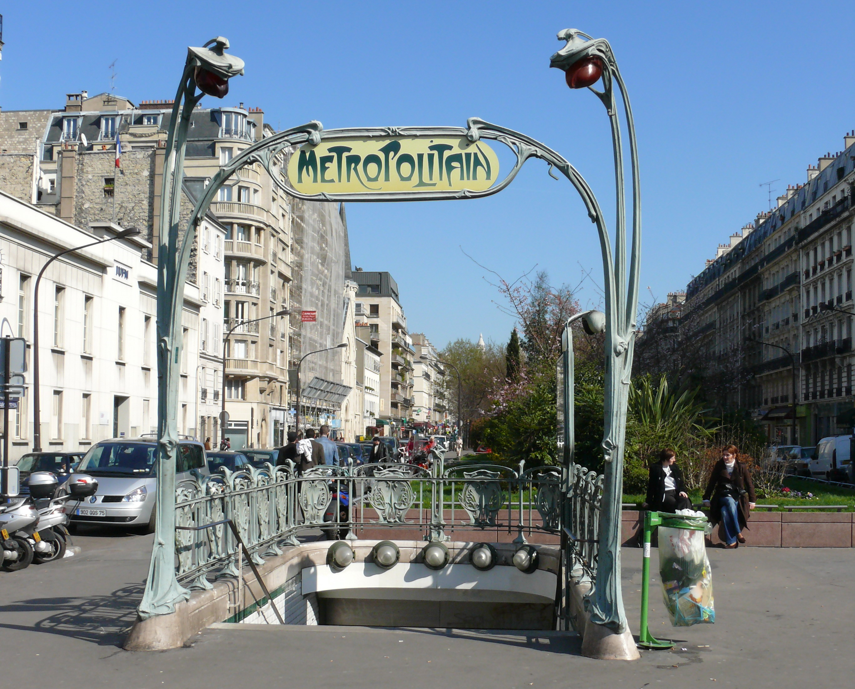 Métro_Rome_Guimard