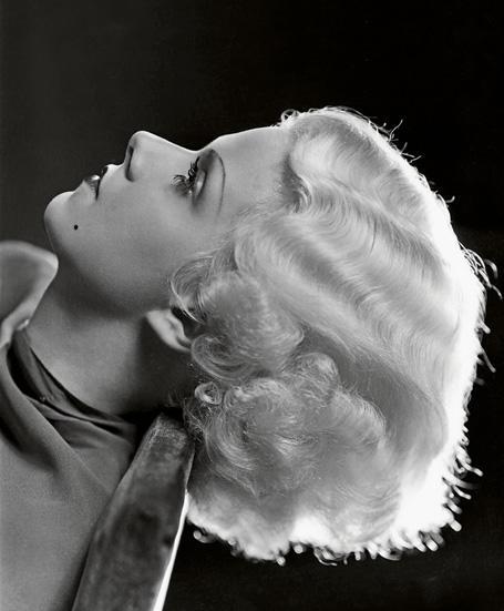 blonde-platine-le-film-qui-revela-l-actrice-jean-harlow