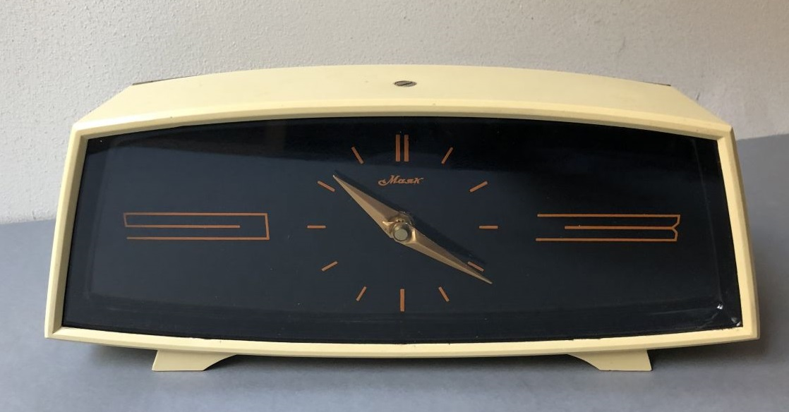 mayak-horloge-sovietique-cccp