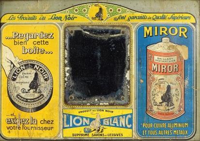 Lion noir Lion Blanc et Miror