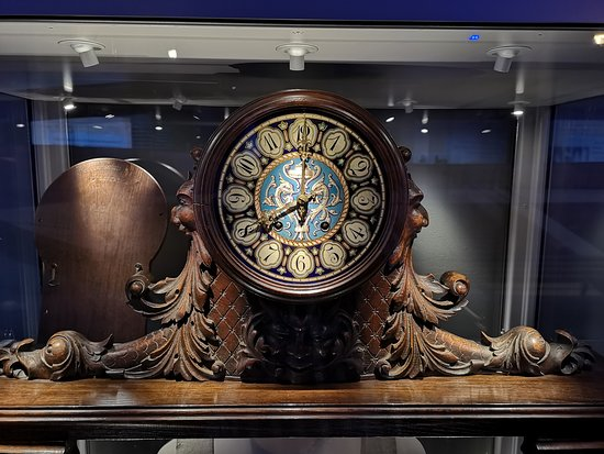 clock-from-the-carpathia