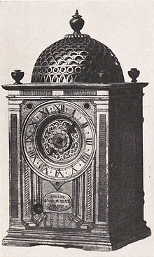 Clock_at_Kunōzan_Tōshō-gū