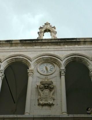 raguse clock