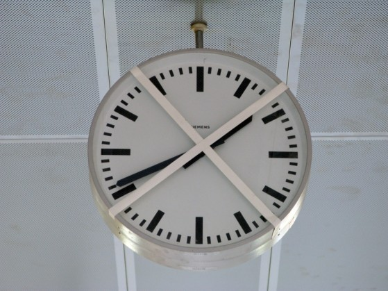 topped clock (1)