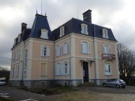 1280px-Chateau_Gaston_Japy