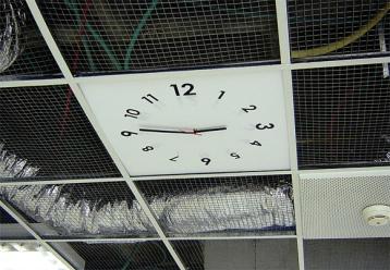 ceiling clock 3