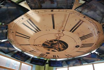 Clock_replica_on_ceiling_of_second_floor_--_Kalamazoo_Valley_Museum